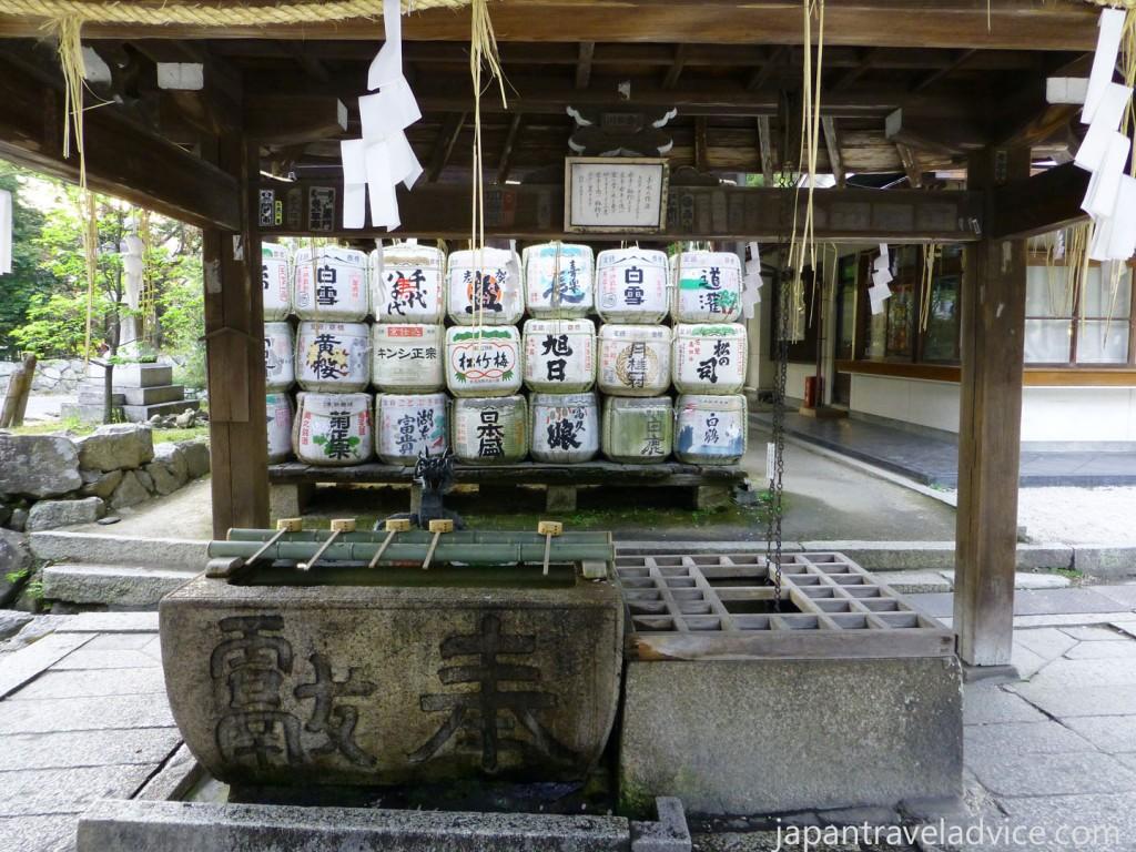 Temizu at Himure Hachimangu Shrine