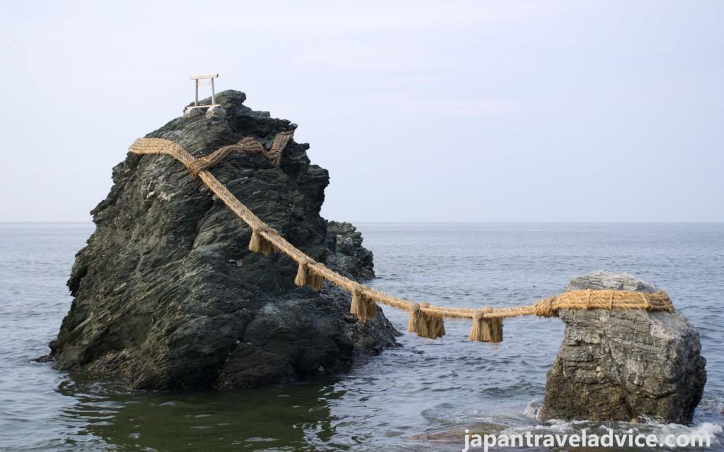 Meoto Iwa in Futami